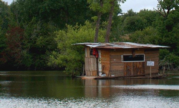 Cabane Notre Dames-Des-Landes