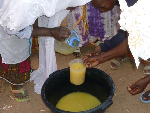 huile arachide artisanale