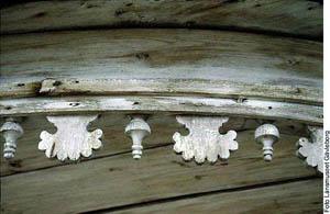 frise en bois style gustavien