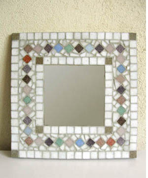 Miroir mosa que esprit cabane idees creatives et ecologiques for Mosaique miroir