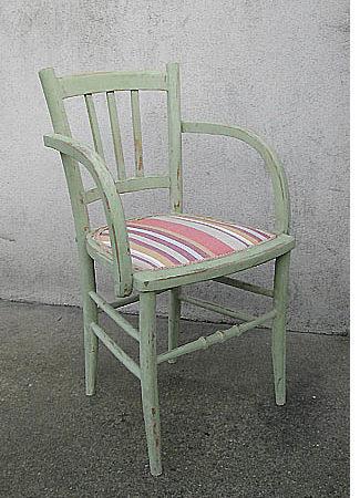 Restaurer une chaise cannée