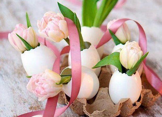 Pâques : Idées déco nature avec des coquilles d'oeufs et des fleurs