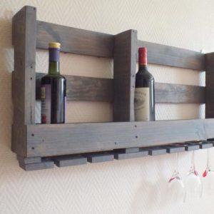Créatrice de meubles en bois de palettes