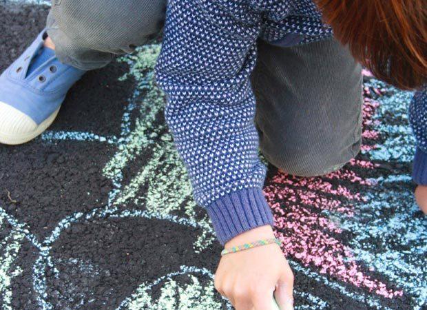 Activité : Fabriquer des craies géantes