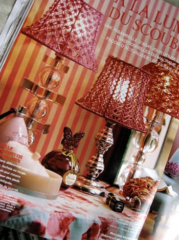 abats jour scoubidooooooo esprit cabane idees creatives et ecologiques. Black Bedroom Furniture Sets. Home Design Ideas