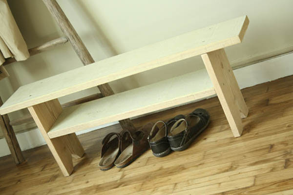 banc en bois esprit cabane idees creatives et ecologiques. Black Bedroom Furniture Sets. Home Design Ideas