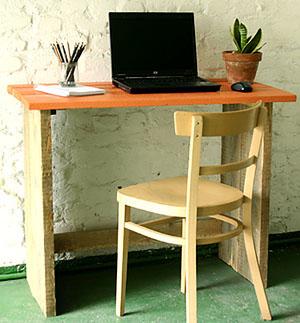 bureau bois brut esprit cabane idees creatives et ecologiques. Black Bedroom Furniture Sets. Home Design Ideas