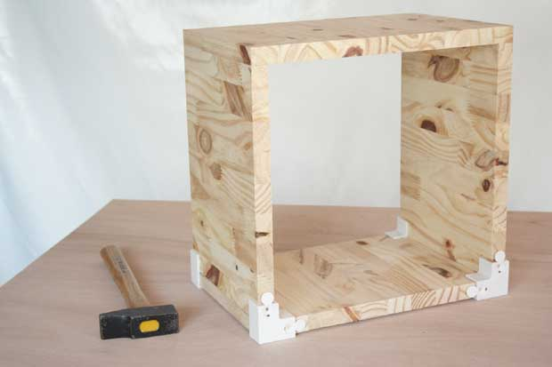 Etag res cubes en bois esprit cabane idees creatives et ecologiques - Fabriquer etagere en bois ...