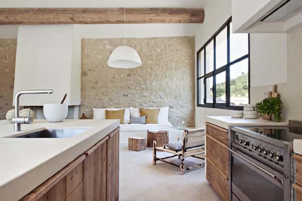 Déco : Salon cuisine en chêne ancien, Esprit Cabane, idees creatives ...