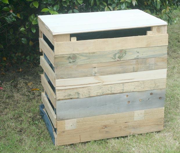 Composteur en palettes esprit cabane idees creatives et - Composteur de jardin ...