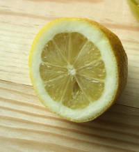 jus de citron nettoyant écologique