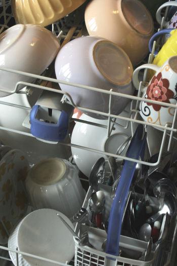 produits pour le lave vaisselle esprit cabane idees creatives et ecologiques. Black Bedroom Furniture Sets. Home Design Ideas