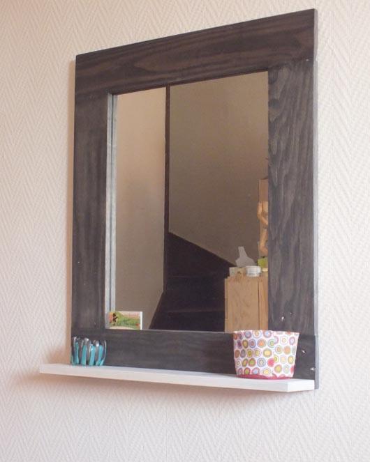 Cr atrice de meubles en bois de palettes esprit cabane idees creatives et e - Customiser un miroir en bois ...